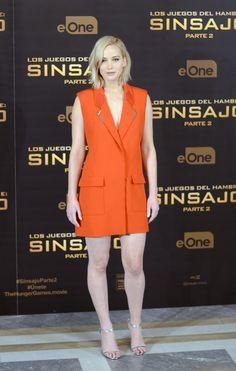 Jennifer Lawrence's Mugler vest of a dress was cool + comf: