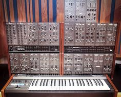Roland 100M #Vintage modular synthesizer with keyboard