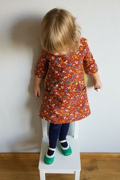 Adorable vintage style dress