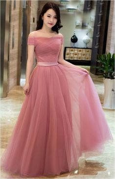 (100) Look Beautiful With Long Lace Bridesmaid Dresses