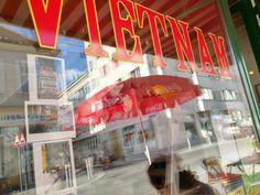Viennas Vietnam am Schwendermarkt Vietnam, Places To Eat, Four Square, Restaurants, Fun, Restaurant, Food Stations, Lol, Funny
