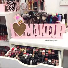 My website is back up and running!! There's a few I💗MAKEUP holders left. Link in bio! #makeup #makeupholder #beauty #instagood #instaglam #instadaily #vanity
