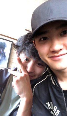 BBHyun_ te ha empezado a seguir. BBHyun_ te ha enviado un mensaje. Kyungsoo, Kaisoo, Chanbaek, Exo Ot12, Park Chanyeol, Kpop Exo, K Pop, Chen, Exo Couple