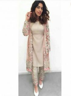 Maria B SpringSummer Embrioder Linen Dresses Sale 2017 Latest Designs With A fordable price. maria b new linen dresses Collection for women wear at wedding seasonal. Maria B SpringSummer Embrioder Linen Dresses Sale 2017 . Pakistani Dress Design, Pakistani Outfits, Indian Outfits, Pakistani Wedding Dresses, Pakistani Bridal, Latest Wedding Dresses Indian, Indian Bridal, Latest Pakistani Suits, Pakistani Frocks