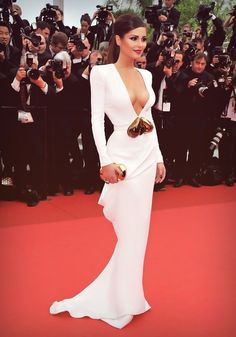 Cheryl Cole in white floor length plunging neckline gown 😍😯✔️ Sexy Dresses, Prom Dresses, Bridesmaid Gowns, Dresses 2014, Dress Prom, Formal Dresses, Wedding Dresses, Robes Glamour, Cheryl Cole