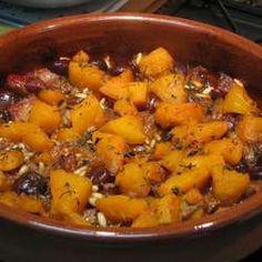 Cazuela de cerdo Lechon, Pot Roast, Ethnic Recipes, Food, Pork, Food Drink, Recipes, Cuisine, Vitamins And Minerals