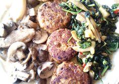 #Soulfood: orientalische Putenfrikadellen mit Rahmchampignons und frischem Curry-Spinat.