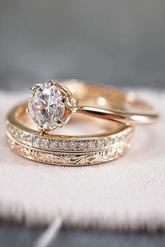 30 Rose Gold Wedding Rings You'll Fall In Love rose gold wedding rings round cut. 30 Rose Gold Wedding Rings You'll Fall In Love rose gold wedding rings round cut solitaire simple Engagement Ring Rose Gold, Wedding Ring Finger, Wedding Rings Solitaire, Wedding Rings Rose Gold, Classic Engagement Rings, Wedding Rings Vintage, Gold Rings, Solitaire Diamond, Solitaire Engagement