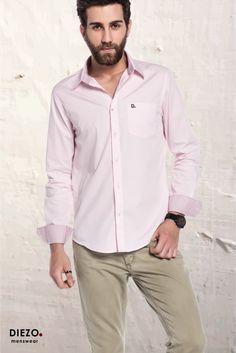 Camisas Exclusivas da DIEZO. Menswear. Confira em nosso site a coleção Primavera & Verão da marca Curitibana. ☀🌟 8-) 😝  #diezo #curitiba #menswear #camisa