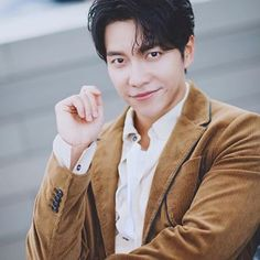 """""""You dragged the wrong person into this, no matter where you are, no matter where you hide, I will chase you to the ends of the earth &… Lee Seung Gi, Ends Of The Earth, Wrong Person, Suzy, Instagram"""
