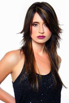 Cortes de cabello asimétricos. Más ideas aquí... http://www.1001consejos.com/cortes-de-pelo-asimetricos/