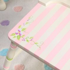 Guidecraft Princess Table and Chair Set GuideCraft,http://www.amazon ...