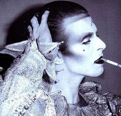 "Brian Duffy :: David Bowie for ""Scary monster and Super Creeps"", 1980 / src: TheRedList more [+] by B. Duffy / more [+] David Bowie posts Angela Bowie, Brian Duffy, Anthony Kiedis, Ziggy Stardust, Lady Stardust, Tilda Swinton, Keith Richards, Freddie Mercury, Stevie Nicks"