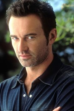 Explore the best Julian McMahon quotes here at OpenQuotes. Quotations, aphorisms and citations by Julian McMahon Julian Mcmahon, Brooke Burns, Serie Charmed, Charmed Tv Show, Cole Charmed, Holly Marie Combs, Rose Mcgowan, Alyssa Milano, Showgirls