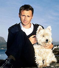 Hamish Macbeth {Robert Carlyle} & Wee Jock {Zippy}