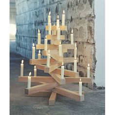 Simple yet beautiful tree idea. Easy to fold and store. Using reclaimed wood would be beautiful.