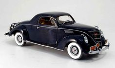 ertl+1+18+diecast+cars   Lincoln Zephyr blue 1937 Ertl 1/18