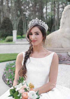 0ec044851793 19 fascinujúcich obrázkov z nástenky Ten správny svadobný outfit ...