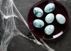 Œufs toiles d'araignée