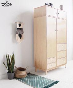 Design studio with customized plywood furniture. Wooden Wardrobe, Diy Wardrobe, Wardrobe Design, Plywood Cabinets, Plywood Furniture, Plywood Walls, Diy Furniture, Bespoke Furniture, Furniture Design