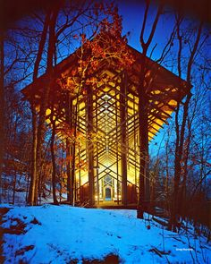 Thorncrown Chapel...tucked away in the middle of the woods in Arkansas of all places!
