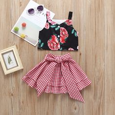 Fashion Toddler Little Girl Flower Crop Top Matching White and Red Plaid Big Bow Skirt Baby Girl Dress Patterns, Baby Dress Design, Little Girl Outfits, Little Girl Fashion, Little Girl Dresses, Toddler Fashion, Kids Outfits, Kids Fashion, Skirt Patterns