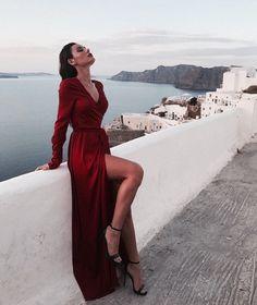 Newest fashion photography inspiration. Mode Outfits, Fashion Outfits, Fashion Mode, Womens Fashion, 90s Fashion, Style Fashion, Mode Ootd, Looks Street Style, Prom Dresses