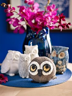 How to make a crochet owl toy: Make a sweet owl toy for your little one. His construction is quite simple, perfect for first-time toy makers. aww, thanks so xox FREE ☆ ★   https://www.pinterest.com/peacefuldoves/