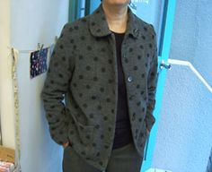 水玉ウールのジャケット