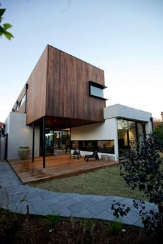 Diverse Family Home in Australia Showcasing an Original Architecture - The Elwood House was designed by Jost Architects and displays an interesting mix of volumes, each functionally distinct. With a total living area of 430 square meters, the residence serves the needs of a family in Milton St, Elwood, Victoria, Australia. | #Architecture #HouseDesign #Architects |