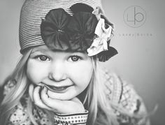 Bella vista by Photonenkiller - Pathological Picture Taker Little Girl Photography, Old Photography, Toddler Photography, Outdoor Photography, Family Photography, Old Portraits, Studio Portraits, Kids Studio, Baby Poses