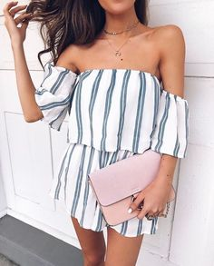 I love everything about this summer outfit. Lovely Summer Fresh Looking Outfit. The Best of summer fashion in 2017.