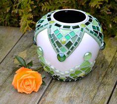 Cristal verde y mosaico de cerámica florero. por mimosaico en Etsy
