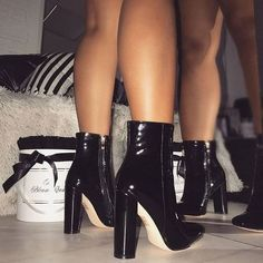 #Trending #Shoes Flawless Shoes Trends
