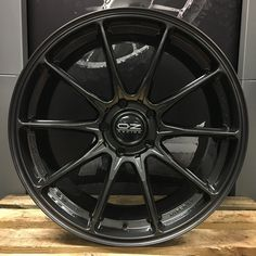 OZ Racing - Hyper GT HLT #volkswagenpolomk5 #CustomVWPoloGTI Rims For Cars, Vw Cars, Audi Cars, Car Rims, Racing Rims, Racing Wheel, Car Wheels, Wheels And Tires, Volkswagen Polo