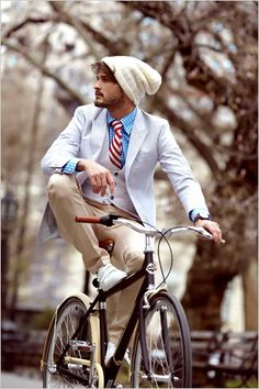 Dress Codes: The Dutch Bicycle