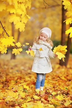 Cute kids fashions outfits for fall and winter 59 Fall Pictures, Fall Photos, Autumn Photography, Children Photography, Little Ones, Little Girls, Kind Photo, Foto Portrait, Mellow Yellow