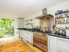 See all Houses in South East London and North Kent for sale from Kinleigh Folkard & Hayward, London's property experts. Houses For Sale London, London Property, East London, Kitchen Stuff, Kitchen Cabinets, Bedroom, Home Decor, Decoration Home, Room Decor