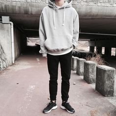 Korean Fashion – How to Dress up Korean Style – Designer Fashion Tips Vans Outfit, Hoodie Outfit, Boy Outfits, Casual Outfits, Men Casual, Winter Outfits, Boy Fashion, Korean Fashion, Boyfriend Style