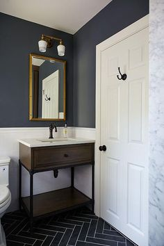 Looking for small bathroom ideas? Take a look at our best small bathroom design ideas to inspire you to decorate your small bathroom on a budget Grey Slate Floor Tiles, Herringbone Tile Floors, White Subway Tiles, Slate Blue Walls, Slate Floor Kitchen, Blue Tiles, Kitchen Tile, Herringbone Pattern, Grey Walls