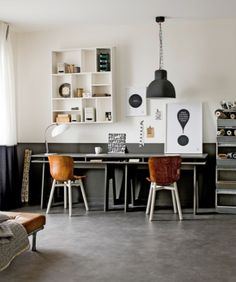 industrial home design Workspace Inspiration, Room Inspiration, Office Interior Design, Office Interiors, Home Office, Office Desk, Decorating Your Home, Interior Decorating, Home Suites