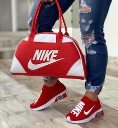 Shop Women's Nike Red size Various Athletic Shoes at a discounted price at Poshmark. Description: Nike shoes with matching duffle bag. Cute Sneakers, Cute Shoes, Me Too Shoes, Shoes Sneakers, Platform Sneakers, Nike Sports, Sneakers Fashion, Fashion Shoes, Fashion Outfits