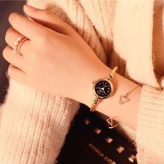 Luxury women's fashion diamond bracelet watch Luxus Damenmode Diamant Armbanduhr Big Watches, Stylish Watches, Luxury Watches, Cool Watches, Watches For Men, Woman Watches, Cheap Watches, Diamond Bracelets, Ankle Bracelets