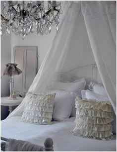 Shabby Chic Bedroom Decorating Ideas 13