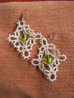 Tatting earrings by ledecorose on Etsy, €16.00