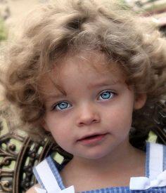 """Képtalálat a következőre: """"beautiful eyes kids"""" Most Beautiful Eyes, Stunning Eyes, Beautiful People, Amazing Eyes, Lovely Eyes, Precious Children, Beautiful Children, Beautiful Babies, Pretty Eyes"""