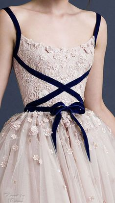 Paolo Sebastian Tea Length Tulle Wedding Dresses Blush 2019 A Line Lace Spaghett. - Paolo Sebastian Tea Length Tulle Wedding Dresses Blush 2019 A Line Lace Spaghetti Straps Short Bridal Gowns Custom Made Formal Gowns Source by Moda Fashion, Runway Fashion, Dress Fashion, Women's Fashion, Fashion Tips, Fashion Trends, Beautiful Gowns, Beautiful Outfits, Ballet Beautiful