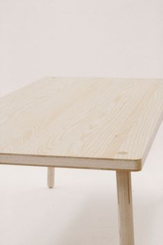 Kompagnon by Nils Oertel. Kompagnon is table for the urban nomads of today.