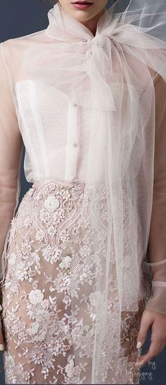 35 best ideas for dress white lace elie saab Jupe Tulle Rose, White Lace, White Dress, Elie Saab Couture, Laura Ashley, Trends 2018, Trendy Dresses, Beautiful Outfits, Marie