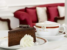 The original Sacher-Torte is considered as a specialty of Viennese cuisine. Franz Sacher created the original Sacher-Torte in 1832 and the original recipe is. Chocolate Torte, Best Chocolate Cake, Chocolate Icing, Chocolate Lovers, Chocolate Sponge, Chocolate Heaven, Sacher Torte Vienna, Sacher Wien, Gourmet